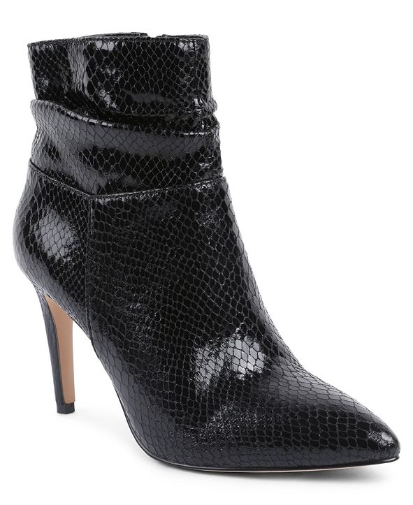 XOXO Women's Taylor Booties