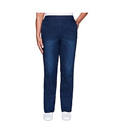 Women's Misses Classic Allure Proportioned Short Denim Pant