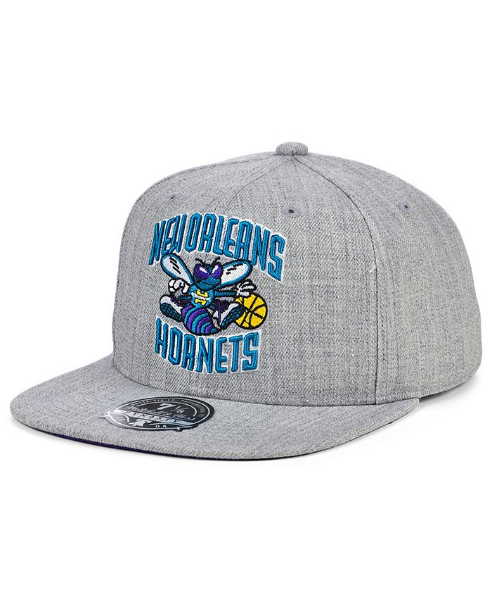 Mitchell & Ness - New Orleans Hornets Hardwood Classic Team Heather Fitted Cap