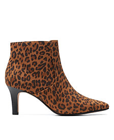 Clarks Collection Women's Ileana Petal Boots