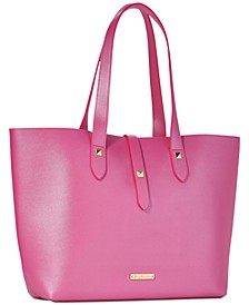 Receive a Complimentary Large Handbag with any large spray purchase from the Juicy Couture fragrance collection