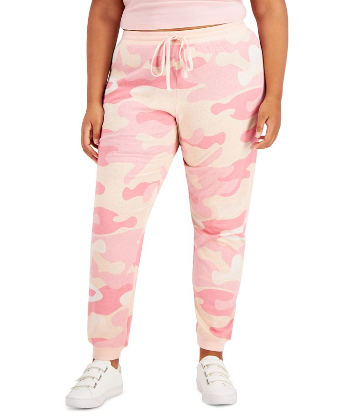 Love Tribe - Trendy Plus Size Camo-Print Joggers