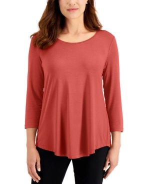 3/4-Sleeve Solid Top
