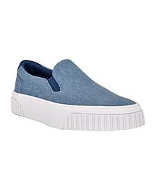 Women's Dally Low Platform Slip-On Sneakers