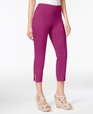 Pull-On Lattice-Inset Capri Pants