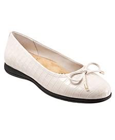 Women's Dellis Flat Shoe