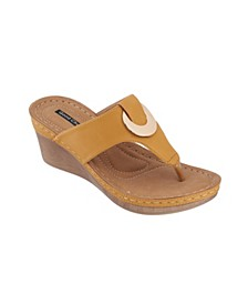 Genelle Wedge Sandal