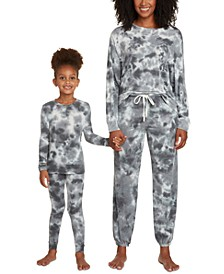 Mommy & Me Star Seeker Matching Pajamas