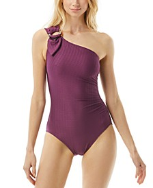 Buckle One-Shoulder One-Piece Swimsuit