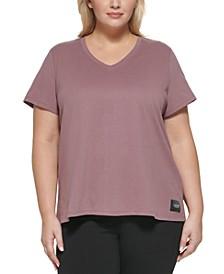 Plus Size Logo Patch V-Neck T-Shirt