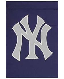 Party Animal New York Yankees Garden Flag