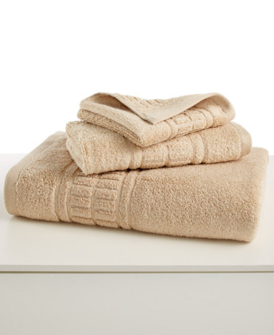 Martha stewart collection plush 30 x 54 bath towel bath towels bed bath macy 39 s Martha stewart bathroom collection