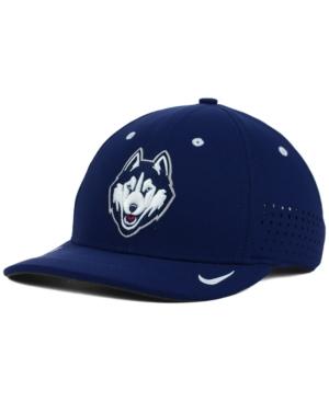 Nike Connecticut Huskies...