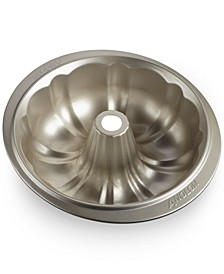 "Nonstick 9.5"" Fluted Mold Pan"