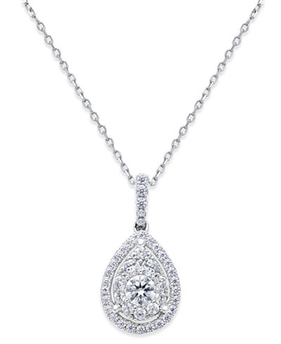 Diamond Cluster Pendant Necklace (5/8 ct. t.w.) in 14k White Gold