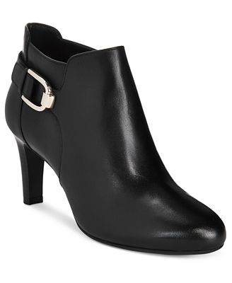 Bandolino Layita Zippered Booties