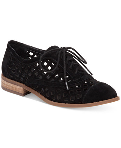Jessica Simpson Dalasia Lattice Cutout Oxfords