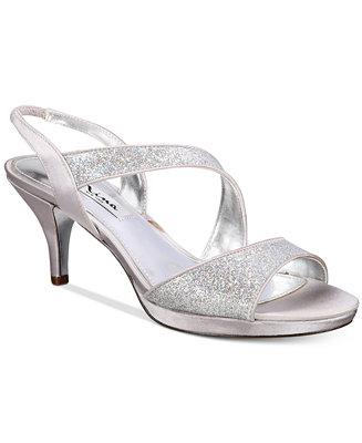 Nina Newark Evening Sandals Amp Reviews Sandals Amp Flip