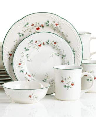 Winterberry 16-Piece Set, Service for 4