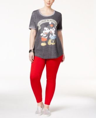 Hybrid Trendy Plus Size Graphic T-Shirt & Celebrity Pink Skinny Jeans