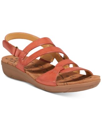 Image of  Bare Traps Jerie Wedge Sandals