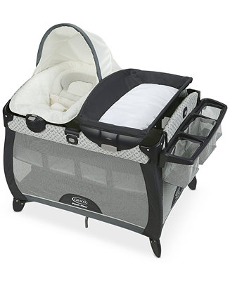 graco pack 39 n play playard quick connect with portable napper deluxe baby strollers gear. Black Bedroom Furniture Sets. Home Design Ideas
