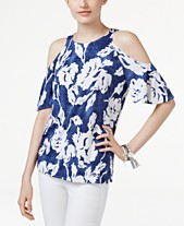 72c579bb880e39 I.N.C. Plus-Size Floral-Print Cold-Shoulder Top