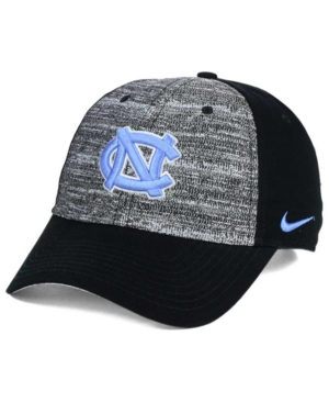 Nike North Carolina Tar...