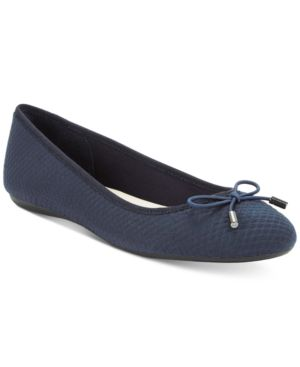 Image of Alfani Women's Step 'N Flex Aleaa Ballet Flats, Created for Macy's Women's Shoes