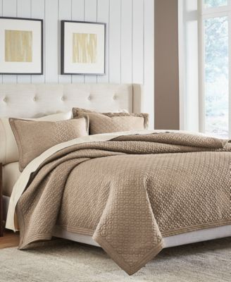 CLOSEOUT! Fulton Full/Queen Quilt