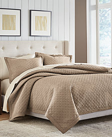 CLOSEOUT! Croscill Fulton Full/Queen Quilt