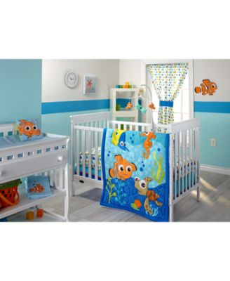 For A Fun Look And Cozy Feel Ideal For Any Babyu0027s Room, Choose The Fresh  Tones And Finding Nemo Motif Of This Bedroom Collection From Disney.
