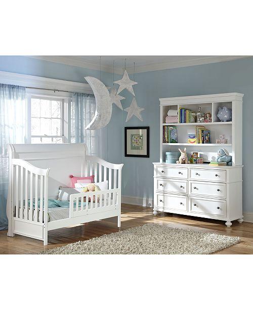 Finished In Crisp White The Curved Crib Back Framed Panel Base And Clic Design Of Incredibly Versatile Roseville Baby Furniture Collection Can
