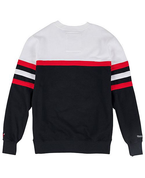 b0d707758bd Mitchell & Ness Men's Chicago Bulls Head Coach Crew Sweatshirt ...