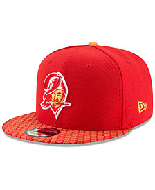 New Era Boys' Tampa Bay Buccaneers 2017 Official Sideline 9FIFTY Snapback Cap