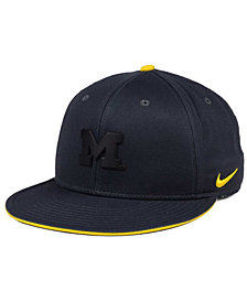 Nike Michigan Wolverines Col Energy True Snapback Cap
