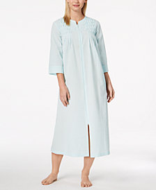 Miss Elaine Woven Pleated Robe