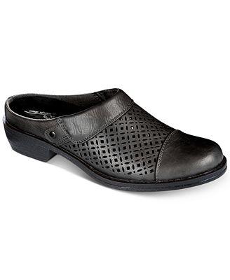 Easy Street Evette Mules Women's Shoes