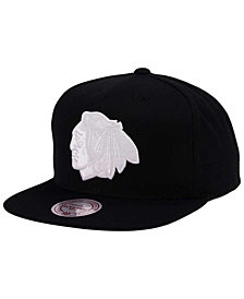 Mitchell & Ness Chicago Blackhawks Respect Snapback Cap