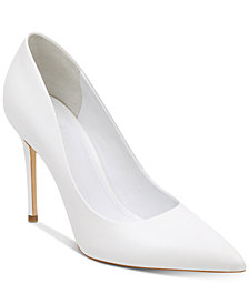 GUESS Women's Braylea Pointy Toe Pumps
