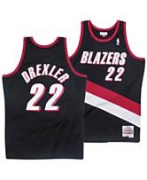 d06d4e628dc Mitchell   Ness Men s Clyde Drexler Portland Trail Blazers Hardwood Classic  Swingman Jersey