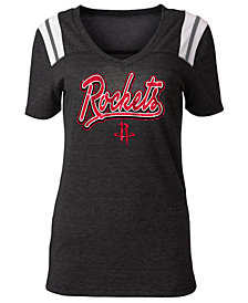 5th & Ocean Women's Houston Rockets Shoulder Stripes T-Shirt