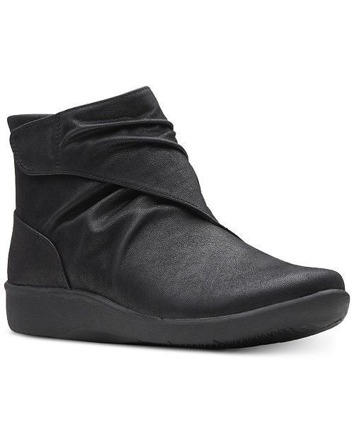 Clarks Women's Sillian Tana Cloudsteppers Booties