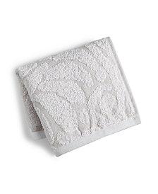 LAST ACT! Mainstream International Inc. Sculpted Wash Towel