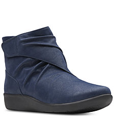 Clarks Collection Women's Sillian Tana Booties