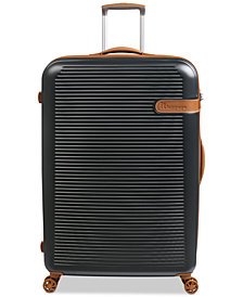 "IT Valiant 32"" Hardside Spinner Suitcase"