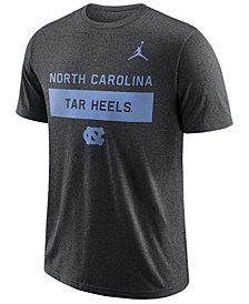 Nike Men's North Carolina Tar Heels Legends Lift T-Shirt