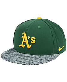 Nike Oakland Athletics Reverse New Day Snapback Cap