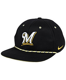 Nike Milwaukee Brewers String Bill Snapback Cap