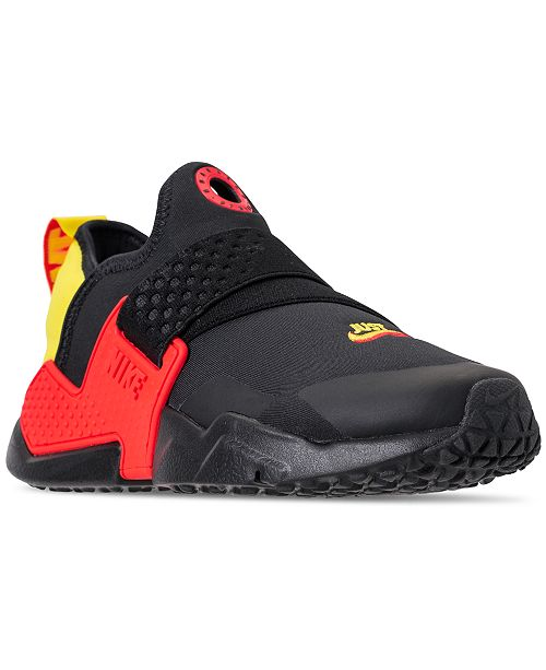 finest selection 082ff 667c0 ... Nike Boys  Huarache Extreme SE Just Do It Running Sneakers from Finish  ...